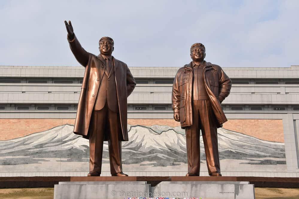 Statues of Kim Il Sung and Kim Jong Il, Mansudau, Pyongyang, North Korea