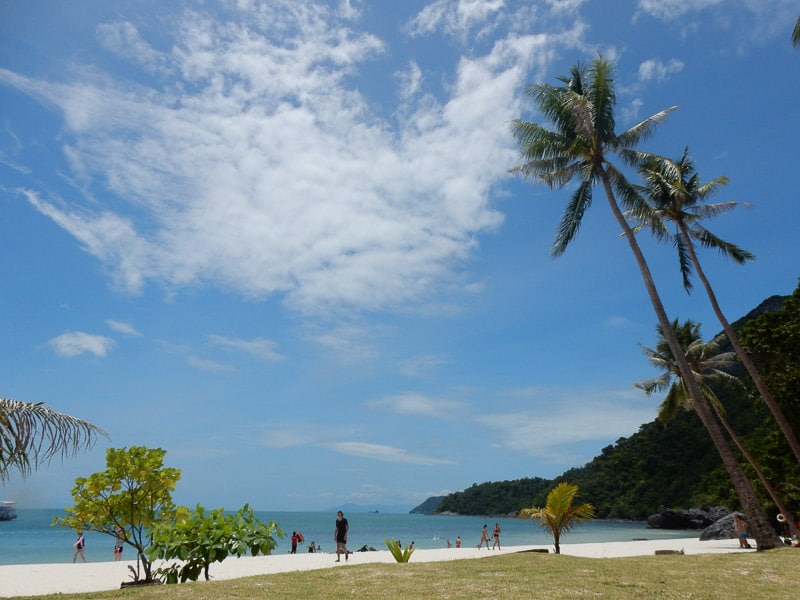 Angthong Beaches