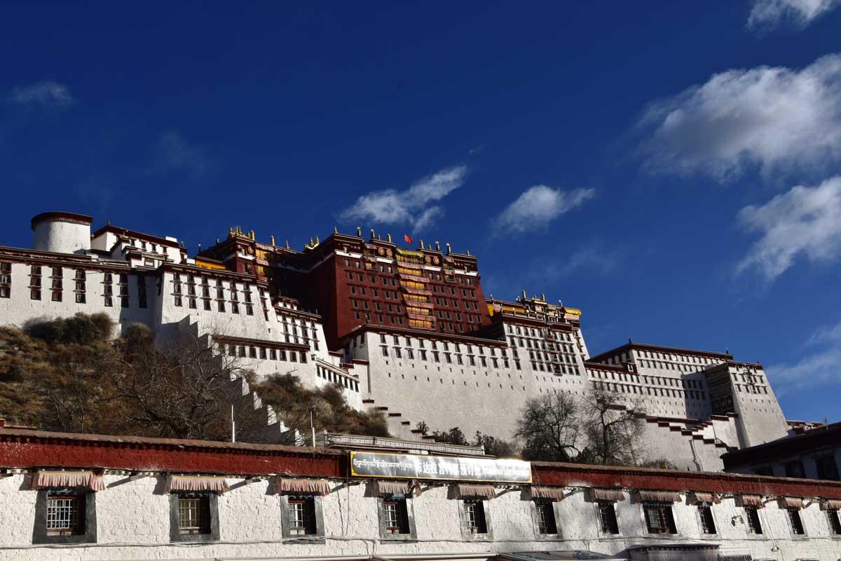 Famous Landmarks in Asia - Potala Palace