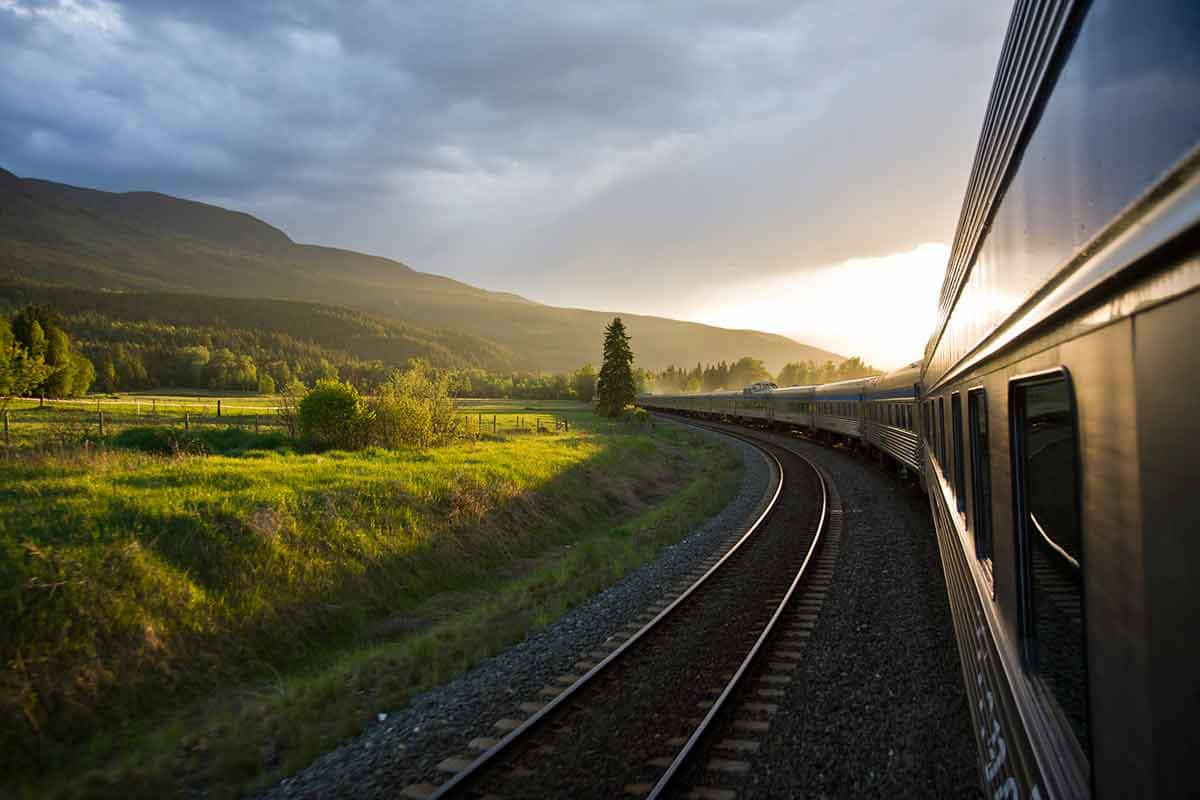 Scenic Train Journeys - The Canadian